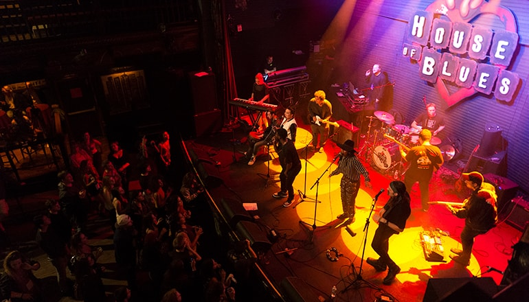 A band plays at the House of Blues New Orleans